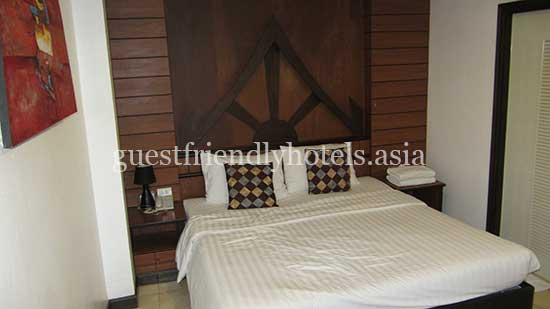 guest friendly hotels patong apsara residence